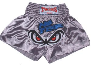Short boxe Thai - TWINS -  TTBL018 No fear grey